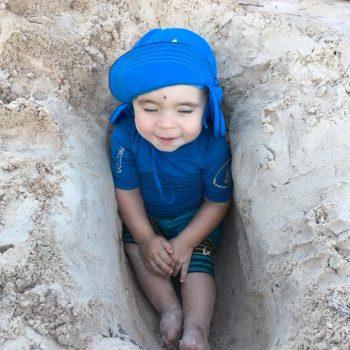 Noah qui profite de son premier voyage dans le sud!